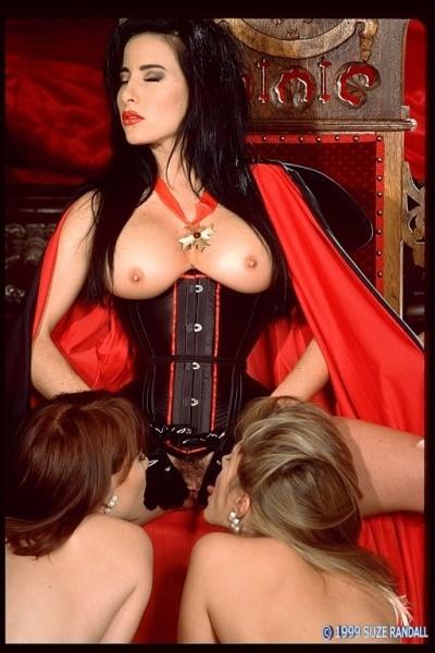 Эротические вампирские фото